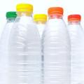 Flaschen und Deckel
